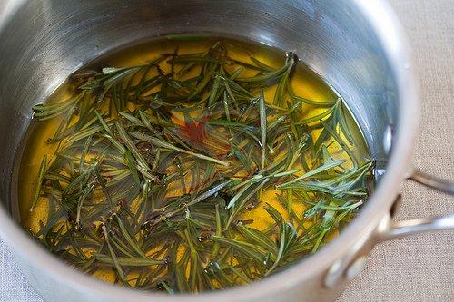 Beneficios del agua de romero